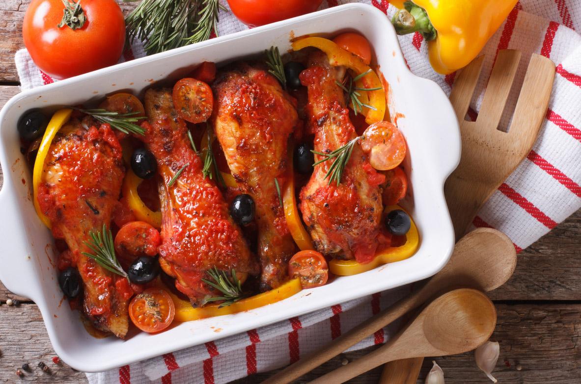 Vista paprikas un tomātu mērcē