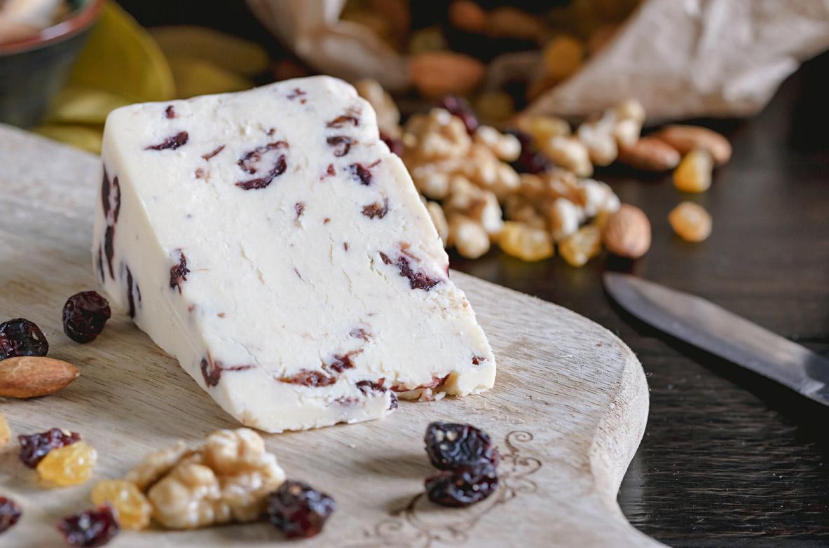Saldais Jāņu siers