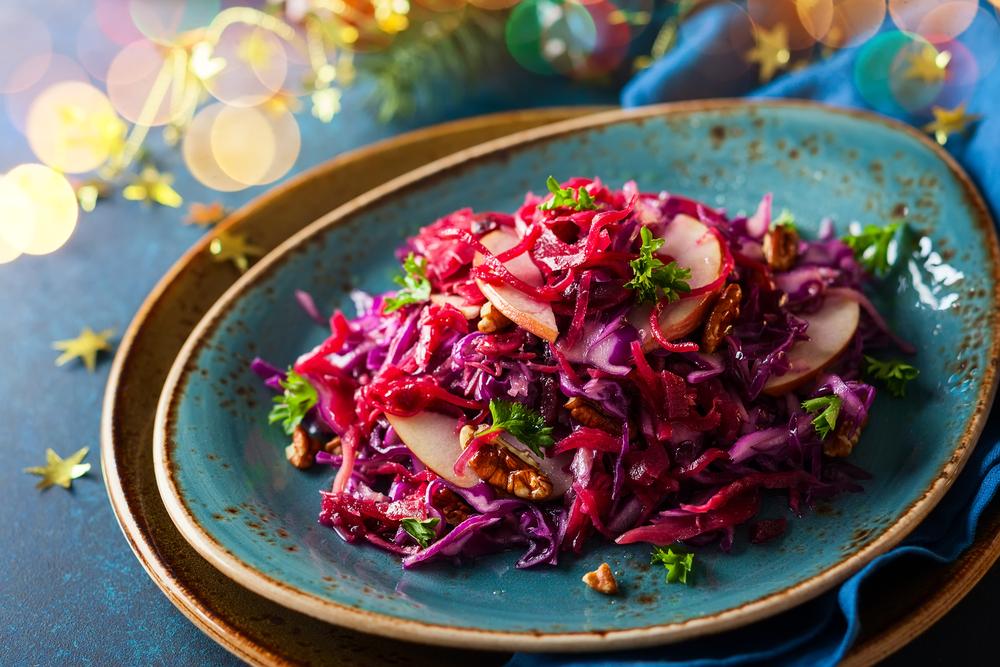 Sarkano kāpostu salāti ar vīnu